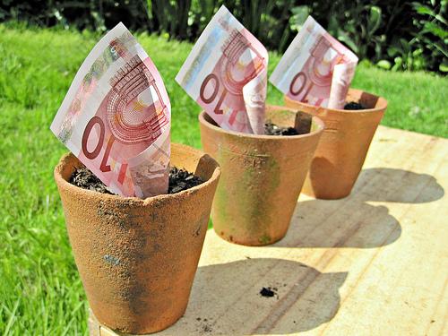 Die Auswahl des richtigen Girokontos bedeutet oftmals auch, Geld zu sparen