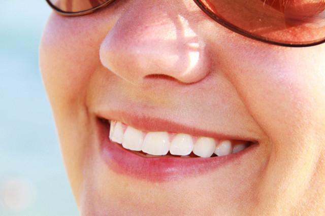 Die besten Whitestrips: Zähne bleichen zu Hause?