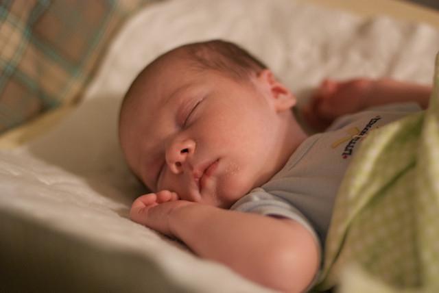 Nähe und Sicherheit für Ihr Baby: Die besten Beistellbetten